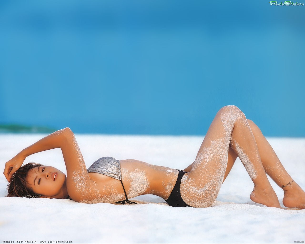 Тёлка на пляже фото 28 фотография